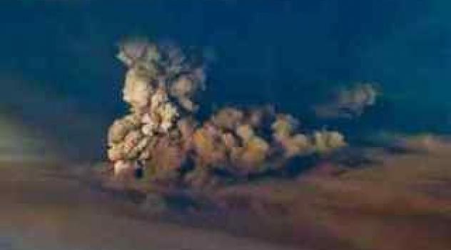 [video] Eruzione di vulcano islandese Grimsvotn: di nuovo a rischio il traffico aereo?