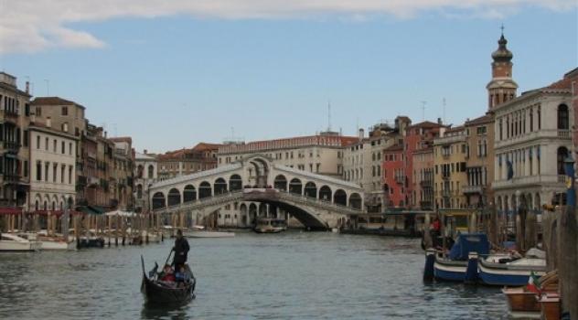 Idroelettrico, Venezia trasforma le onde in energia